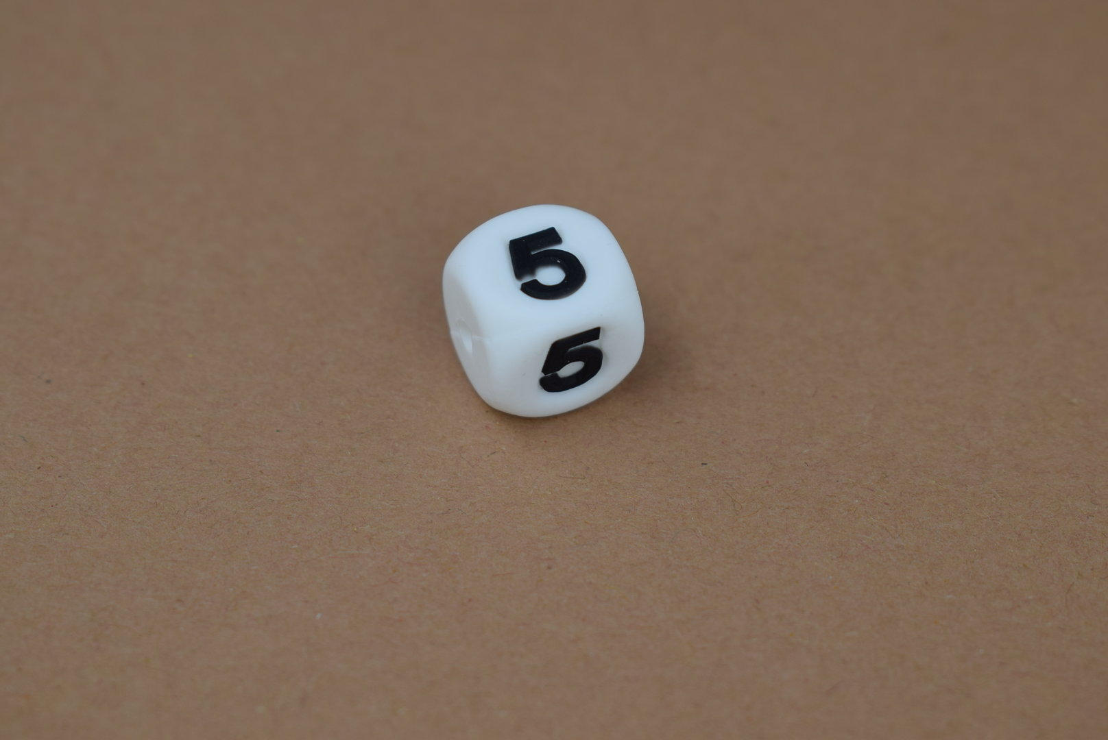 Silikon Zahlenperle - 12mm 5